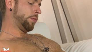 sexy bearded guy Gabriel Phoenix jerks his dick