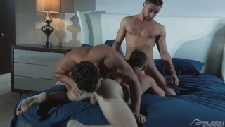 three studs suck and fuck in threeway sex