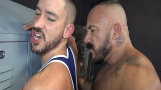 mexican daddy fucks guy against the lockers