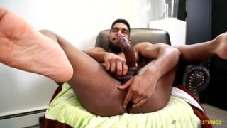 sexy bearded black hunk massages his hole during JO session