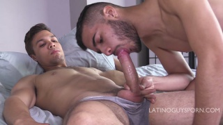 latino cocksucker deep throats a delicious meaty dick