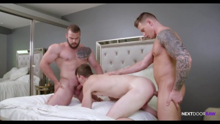 two beefcake hunks spit-roast fuck a chiseled stud