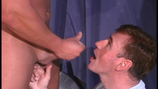 Straight guy gives a cum facial