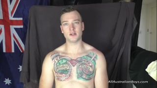 tatted aussie gets his dick sucked