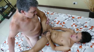 daddy screws his asian boy on his back