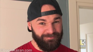 26-year-old bearded muscle cub jerks his dick