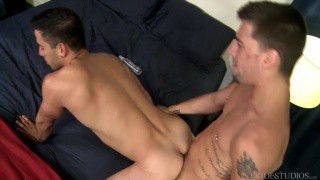 guy has been afraid to bottom for his new hung boyfriend