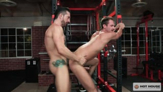 hung trainer fucks his client in the gym