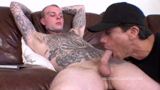 Tattooed straight guy sucking cock gay clips