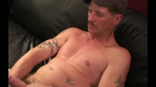 42-year-old Tennessee man jerks his cock