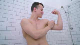 straight muscle jock strokes his big dick