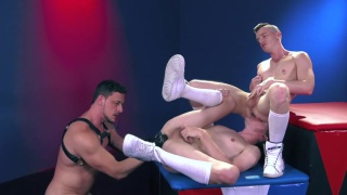Axel Abysse & Colin Bryant get fisted by joey d at Club Inferno