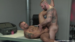 Lorenzo Flexx gets fucked by Aleks Buldocek
