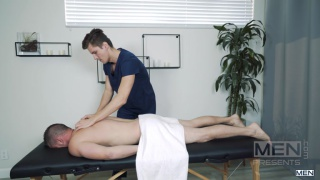 guy's relaxing massage turns very exciting