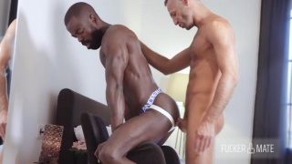 muscle hunk peter connor crazy for cock