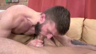 guy gets his gag reflex put to the test
