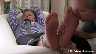 Brendan Cage gets his Size 11 Feet Worshipped