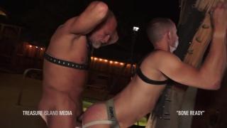 cum hound finds an older man to fuck him