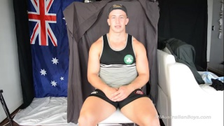 aussie surfer and rugby player gets his first blowjob