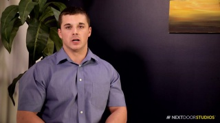 handsome bodybuilder jerks his cock in first video