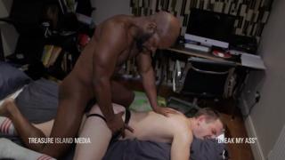 cutlerX bareback fucks a horny white boy