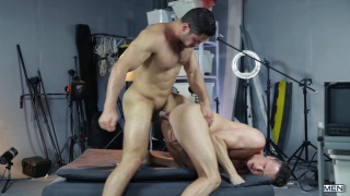 damon heart gives his hot ass to dato foland