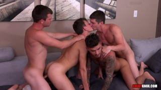 seth knight and scotty knox fuck in fourway with real couple
