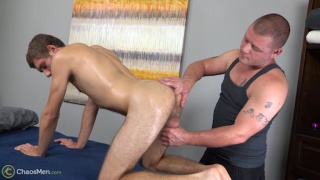straight stud gets his very happy-ending massage