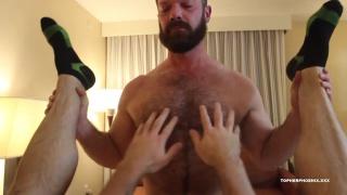 bearded muscle daddy fucks hairy bear wearing black socks